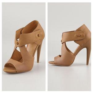 L.A.M.B Miyo Stud Sandals in Tan size 9 1/2